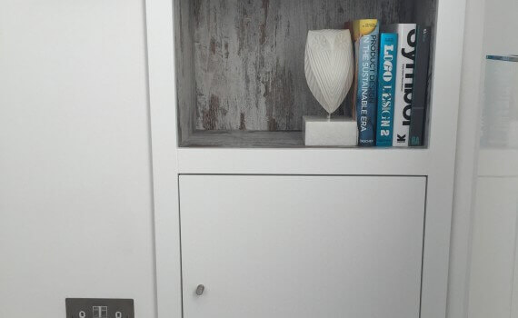 built-in cupboard (1)